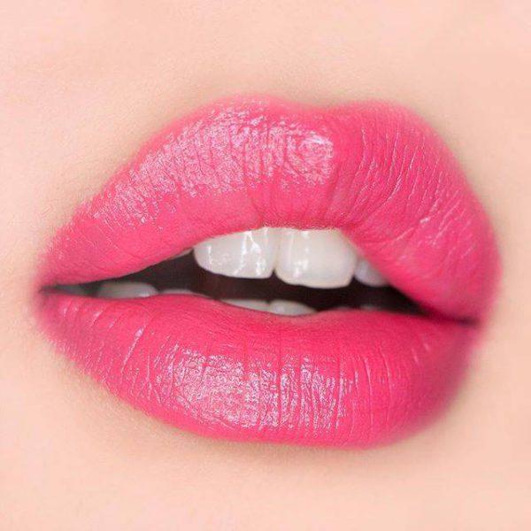 Phun môi màu hồng mọng sau bong