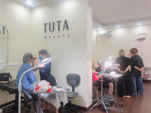 Phun môi tại Spa TuTa Beauty