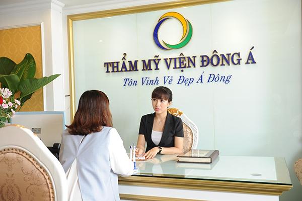 Phun môi tại thẩm mỹ viện Đông Á