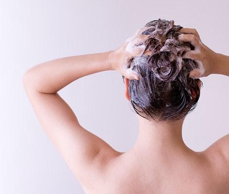 Thuốc nhuộm tóc dạng bọt / dầu gội