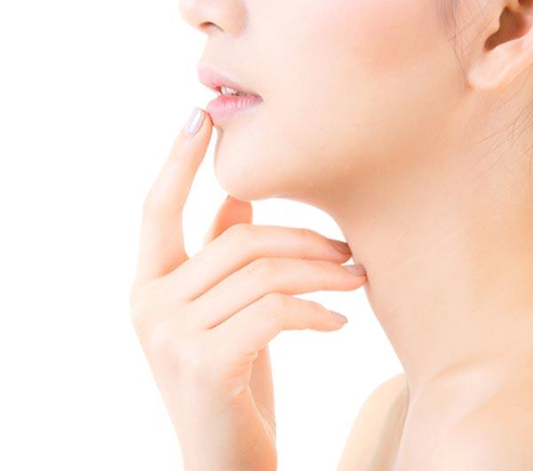Xăm môi là gì? Có thực sự cần phải phun xăm môi không?