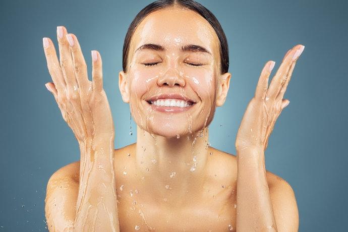 Axit hyaluronic, có thể khắc phục tình trạng da khô