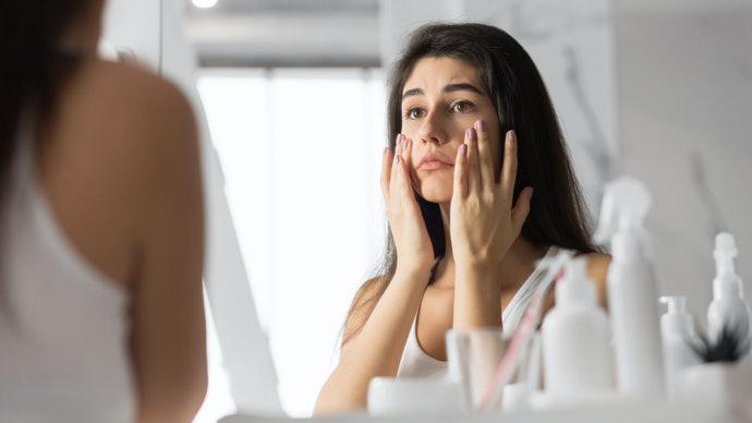 The Ordinary có thể khắc phục các vết đen cho da mặt