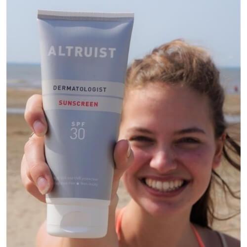 Kem chống nắng Altruist phù hợp với khí hậu Việt Nam