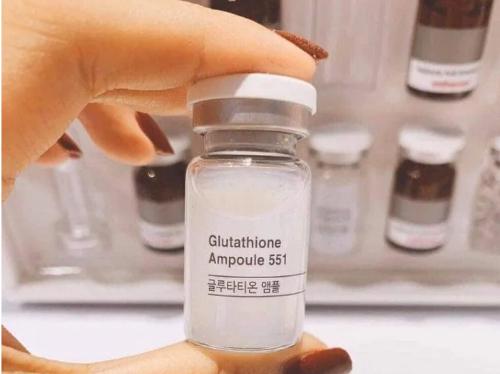 Esthemax 551 chứa dưỡng chất lành tính phù hợp với mọi loại da