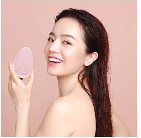Máy rửa mặt là giải pháp giúp sạch sâu cho da