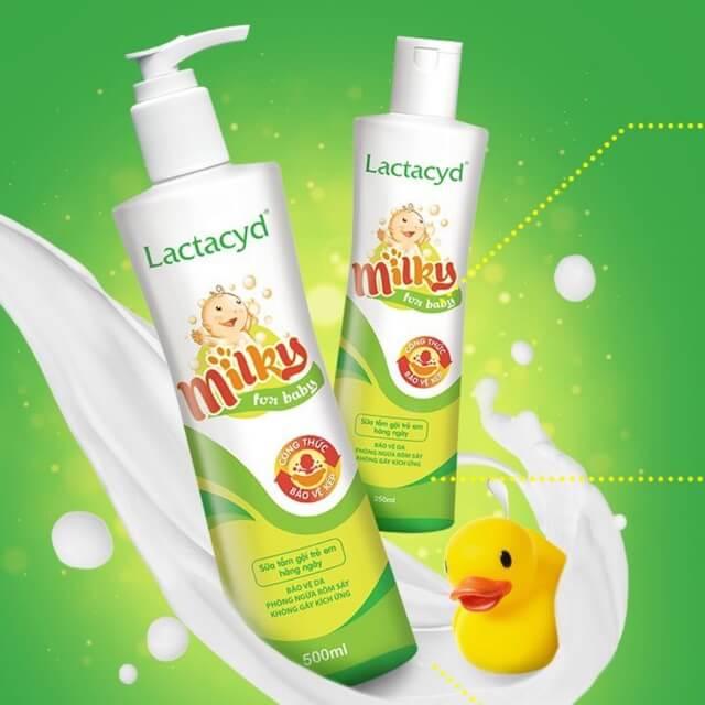 Sữa tắm lactacyd cho trẻ sơ sinh